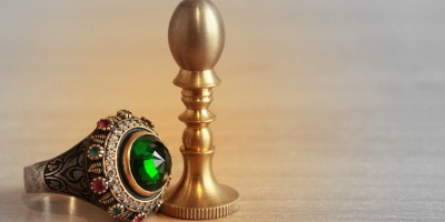 Signet ring green emerald stone and stamp